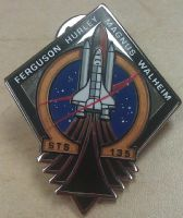 135- NASA STS-135 Official Space Mission Pin